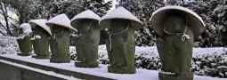 Los seis Jizo y los sombreros de paja